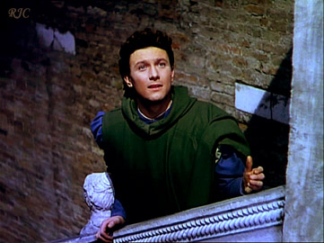 Лоуренс Харви в сцене на балконе. Фильм Кастеллани, 1954  -  Laurence Harvey as Romeo in Castellani's film.