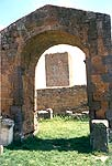 The arch near which Friar John went with his donkey - the yard of San Pietro in Tuscania