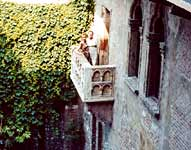 Olga and Cinzia at Juliet's Balcony in Verona
