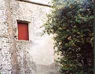 The place on the wall of Palazzo Borghese where Juliet's movie-balcony was constracted