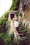 Olga and Cinzia are at the steps where the scene of Juliet and her nurse was shot. Artena,