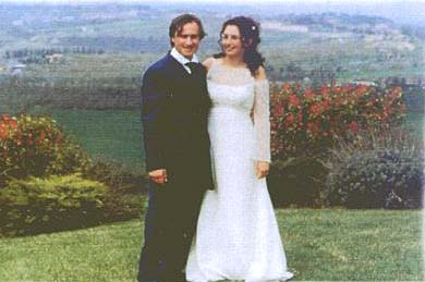Roberto and Nadine on their wedding day. 2003