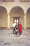 Vladimir, Olga and Cinzia in the courtyard of Palazzo Piccolomini in Pienza