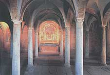 San Pietro crypt. The apse, in front of which Juliet's death-bed was in the film